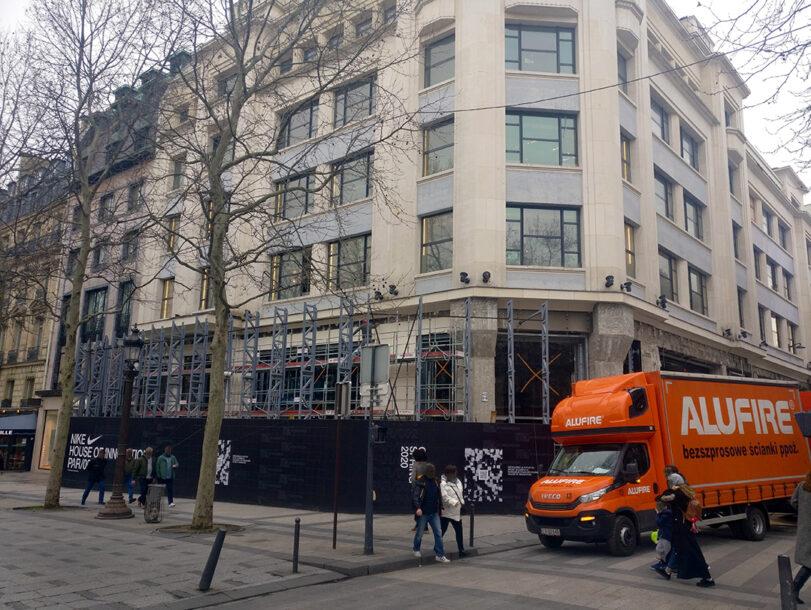 news nikeparis 811x610 Alufire on Nikes House of Innovation on Champs Élysées, Paris